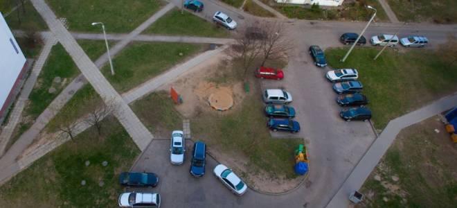 Нельзя парковаться на газонах